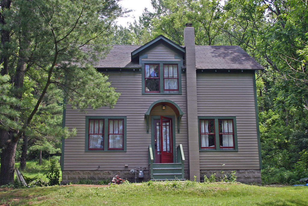 Living in Dryden: Exterior painting completed